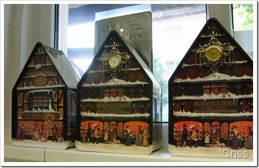 Ceasuri nemtesti în magazinul de ceasuri cu...cuc.