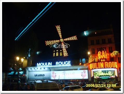 "Paris-Celebrul cabaret "" Moulin Rouge"""