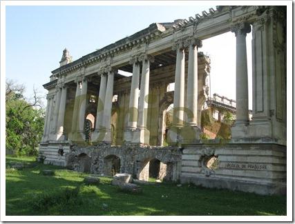 Ruinele Micului Trianon (1)-1