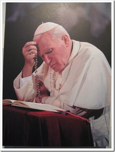 Z2_exp.Papa Ioan Paul II (19)